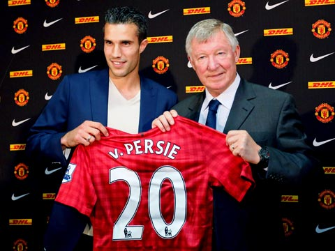 Red; van Persie chose United over City.